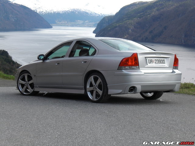 where can i get the r sport bodykit Volvo S60R Body Ki here s another shot i m sure you all know what i m talking about by now