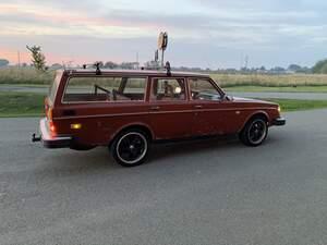 Volvo 245