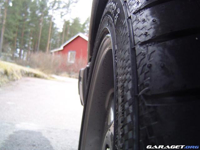 http://www1.garaget.org/gallery/archive/13540/320939_pcq1bj.jpg