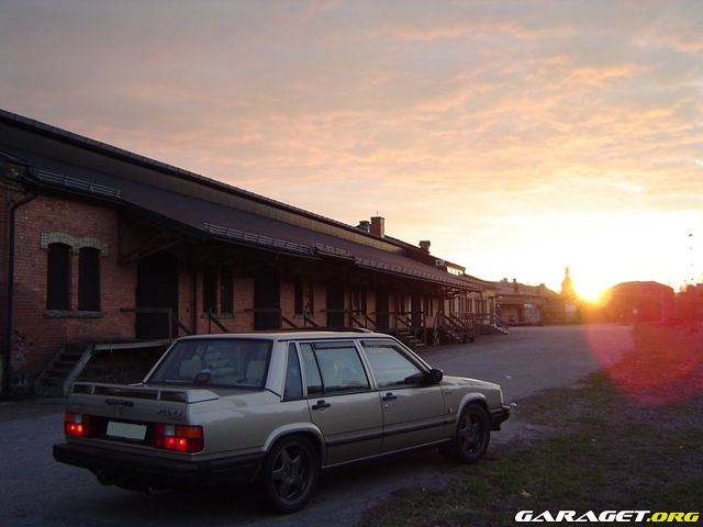 http://www1.garaget.org/gallery/archive/13540/333569_uh0ahl.jpg