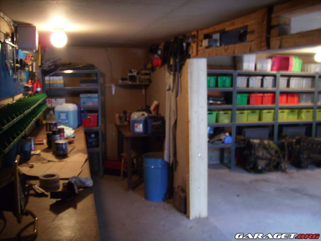 http://www1.garaget.org/gallery/archive/6415/418764_cqkglu.jpg