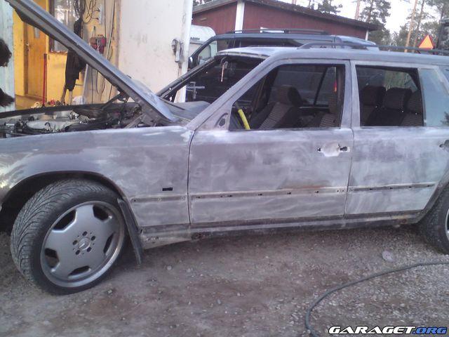 Mercedes 300 tdt 93 lgkrock garaget for Garage mercedes 93 bondy