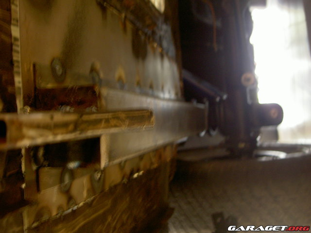 http://www1.garaget.org/gallery/images/122/121991/121991-c52e55305a491ee4eef2854dc27cd51a.jpg